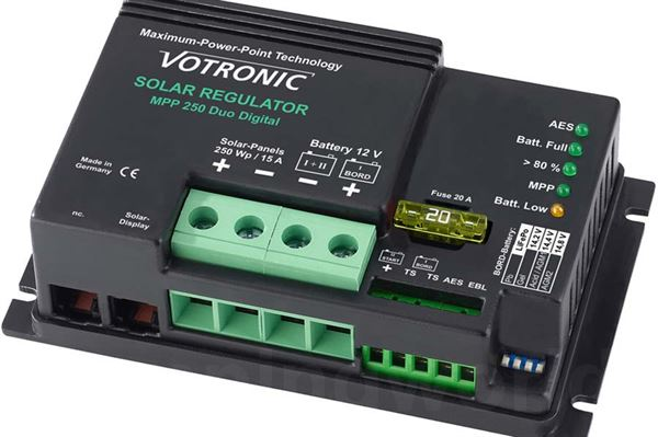 "Image of   Regulator til solcelle ""Votronic"" mpp 250 duo digital"