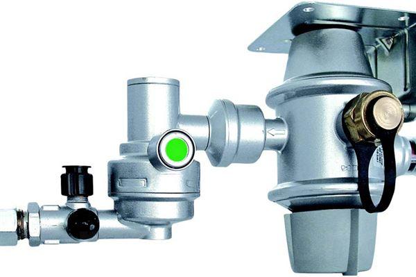 """Image of   Gasflaskeomskifter """"Truma DuoControl CS"""" med crash sensor, horisont mont. 10/8 mm"""