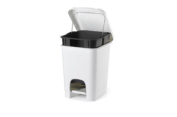 Pedal affaldsspand, hvid/sort.